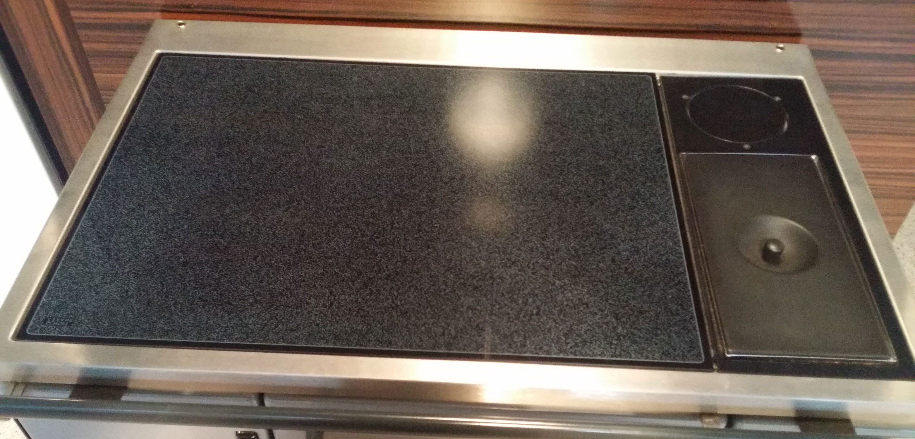 Küchenherd / Kohleherd Wamsler K138F anthrazit Ceran Ans rechts oben Bild 2