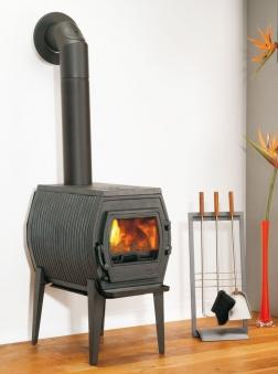 kaminofen globe fire charon i raumluftunabh ngig guss schwarz 7kw bei. Black Bedroom Furniture Sets. Home Design Ideas